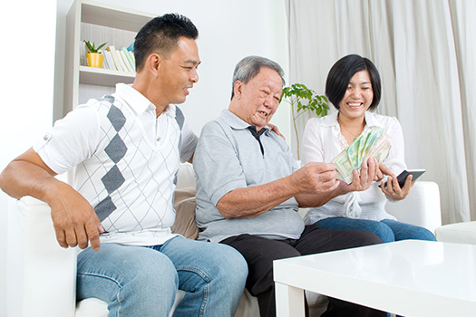 family-protecting-senior-from-financial-and-elder-abuse
