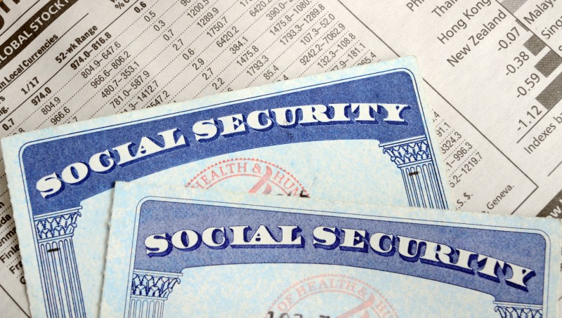 social-security-disability-benefits-supplemental-security-income-ssdi-ssi-benefits-disadvantages-advantages